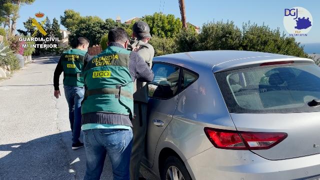 La Guardia Civil, ha detenido en Almuñécar (Granada) al ciudadano belga Y.M.W, de 33 años de edad, reclamado por las autoridades belgas por delitos de tráfico de drogas y pertenencia a organización criminal.