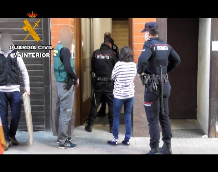 Desmantelada una organización criminal internacional de estafas de alquileres de alojamientos turísticos