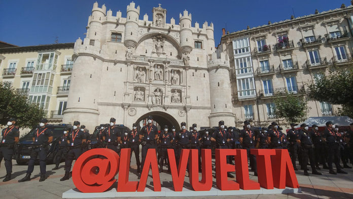 Las autoridades españolas presentes en la seguridad y protección de La Vuelta